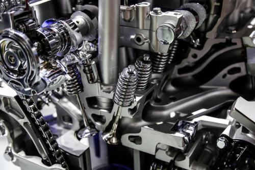 What are the characteristics of automobile engine bearings